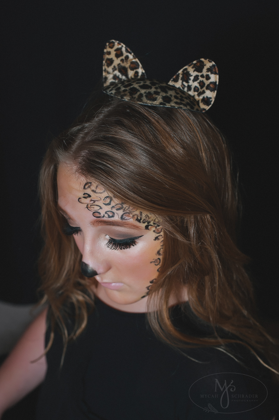 Miah - Cheetah outfit 11.4.2014-9727-2. Creative teen.  sc 1 st  Mycah Schrader Photography & Halloween cheetah costume | Mycah Schrader Photography